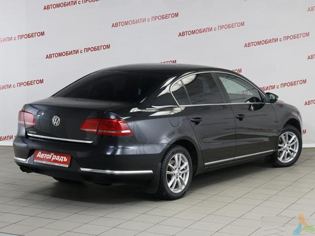 Volkswagen Passat 1.8 AT, 2011, седан