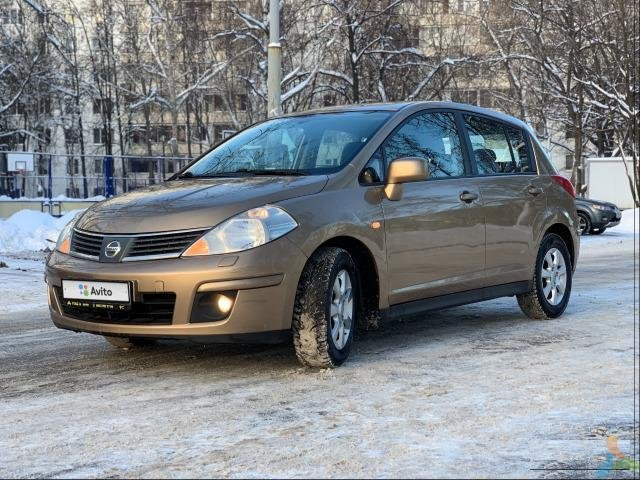 Nissan Tiida 1.6 AT, 2008, хетчбэк
